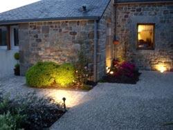 Bienvenue dans eclairage en couleurs soci t de conseil en for Luminaire de terrasse
